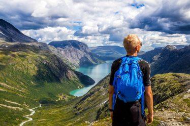 La Norvège réserve de belles surprises pour les amateurs de randonnée.